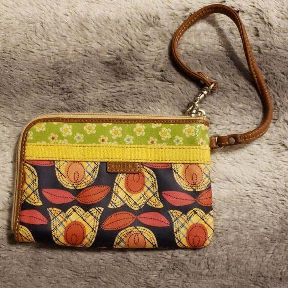 Fossil Handbags - NWT Fossil wristlet Felicity II wallet bag flowers